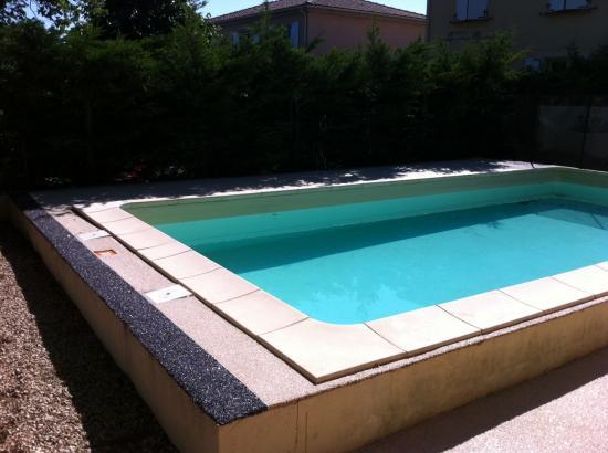 Plage de piscine 2 couleurs